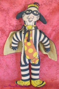 Image for Hamburglar (Hamburgler) 16-inch McDonald's Cloth Doll/Toy Vintage ca 1970s  <b><span style='color:red'>USPS PRIORITY MAIL SHIPPING INCLUDED – DOMESTIC ORDERS ONLY!</span></b><span style='color:purple'>