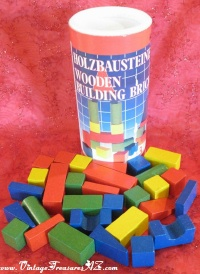 Image for Tofa Holzbausteine Czechoslovakia/Czech Republic Wooden Building Bricks/Building Blocks Toys Set of 30 in Original Tin Canister <b><span style='color:red'>  *****PRIORITY MAIL SHIPPING INCLUDED – DOMESTIC ORDERS ONLY!*****  </span></b><span style='color:purple'>