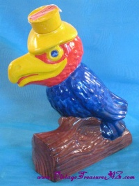 Image for Heritage China Parrot-shaped Vintage 1969 Ezra Brooks Figural Liquor Decanter Bottle <b><span style='color:red'>  *****PRIORITY MAIL SHIPPING INCLUDED – DOMESTIC ORDERS ONLY!*****  </span></b><span style='color:purple'>