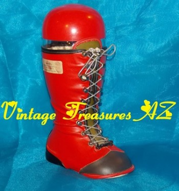 Image for <b><span style='color:purple'> Arizona Distributing Company Red Santa Boot Liquor/Wine Decanter Bottle Vintage ca 1940s-1960s RARE </span></b><span style='color:purple'>  <b><span style='color:red'> USPS PRIORITY MAIL SHIPPING INCLUDED – DOMESTIC ORDERS ONLY!</span></b><span style='color:purple'>