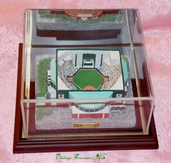 Image for <b><span style='color:purple'> Bank One Ballpark (The BOB) Arizona Diamondbacks Baseball Stadium Replica Model, Display Case & Stand - 2001 Sport Collectors Guild Limited Edition </span></b><span style='color:purple'>    <b><span style='color:red'> *****USPS PRIORITY MAIL SHIPPING INCLUDED – DOMESTIC ORDERS ONLY!***** </span></b><span style='color:purple'>