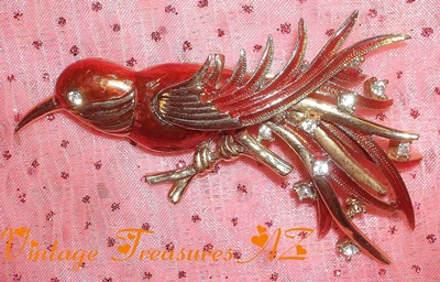 Image for <b><span style='color:purple'>  Boucher Bird Brooch/Pin Enameled Orange-Red + Clear Rhinestones + Goldtone Metal Vintage Costume Jewelry 1955-1971 Signed ©Boucher Cartouche </span></b><span style='color:purple'>   <b><span style='color:red'> ***USPS FIRST CLASS SHIPPING INCLUDED – DOMESTIC ORDERS ONLY!***</span></b><span style='color:purple'>