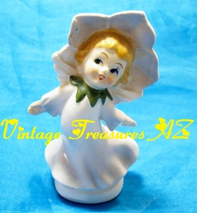 Image for Christmas Rose Flower Hat Girl Porcelain Figurine/Statue Japan Vintage ca 1950s    <b><span style='color:red'> USPS PRIORITY MAIL SHIPPING INCLUDED – DOMESTIC ORDERS ONLY!</span></b><span style='color:purple'>