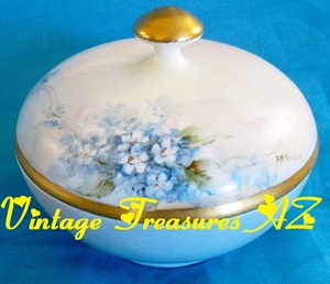 "Image for Favorite Bavaria ""F Blanchard"" Antique Powder Box/Powder Jar/Powder Bowl Porcelain Handpainted Floral Forget Me Nots Flowers ca pre-1916 Mark   <b><span style='color:red'>***USPS PRIORITY MAIL SHIPPING INCLUDED – DOMESTIC ORDERS ONLY!***</span></b><span style='color:purple'>"