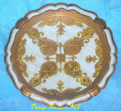 Image for <b><span style='color:purple'> Florentine Blue, Yellow & Gilded Wooden Serving/Vanity Tray/Platter O.F.M Florence Italy Fleur de Lis Scrollwork & Scalloped Edges Vintage 1940s-1960s Shabby Chic </span></b><span style='color:purple'>   <b><span style='color:red'> ***USPS STANDARD POST SHIPPING INCLUDED – DOMESTIC ORDERS ONLY!***</span></b><span style='color:purple'>