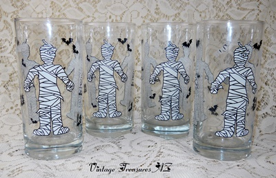 Image for <b><span style='color:purple'>   Halloween The Mummy & Bats Trick-or-Treat BOO Beverage Glasses/Water Tumblers Set of 4 </span></b><span style='color:purple'>   <b><span style='color:red'>***USPS PRIORITY MAIL SHIPPING INCLUDED – DOMESTIC ORDERS ONLY!***</span></b><span style='color:purple'>