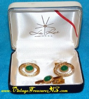 Image for La Rue Fine Jewelry Cufflinks/Cuff Links & Tie Bar/Tie Clasp/Tie Clip Green Stones & Brushed Gold 3-piece Men's Jewelry Set in Original La Rue Gift/Presentation Box Vintage ca 1960s-1970s  <b><span style='color:red'>*****FIRST CLASS SHIPPING INCLUDED – DOMESTIC ORDERS ONLY!*****</span></b><span style='color:purple'>