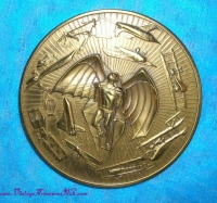 Image for MACO (Medallic Art Company) Aviation-themed Vintage 1981 Bronze Calendar Medal-Paperweight Peace Commemorative <b><span style='color:red'>  *****FIRST CLASS SHIPPING INCLUDED – DOMESTIC ORDERS ONLY!*****  </span></b><span style='color:purple'>