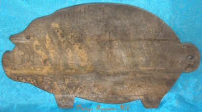 Image for <b><span style='color:purple'>  Pig/Hog Primitive Antique late 1800s-early 1900s Cutting Board/Breadboard/Chopping Board Wooden Folk Art Distressed Rustic Decor </span></b><span style='color:purple'>   <b><span style='color:red'> ***USPS PRIORITY MAIL SHIPPING INCLUDED – DOMESTIC ORDERS ONLY!***</span></b><span style='color:purple'>
