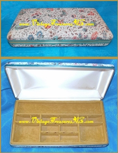 "Image for Sarah Coventry Oriental Floral Motif Jewelry/Trinkets Organizer Storage Box/Travel Case with Mustard Yellow Interior Divided/Fitted Compartments Vintage ca 1960s-1970s  (also a great ""Sewing Necessities Kit"") <b><span style='color:red'>*****PRIORITY MAIL SHIPPING INCLUDED – DOMESTIC ORDERS ONLY!*****</span></b><span style='color:purple'>"