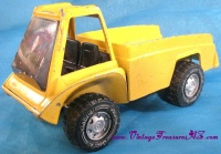 Image for Gabriel Pressed Steel Vintage 1975 Yellow Dump Truck Toy  <b><span style='color:red'>  *****PRIORITY MAIL SHIPPING INCLUDED – DOMESTIC ORDERS ONLY!*****  </span></b><span style='color:purple'>