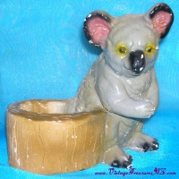 Image for Koala Bear Planter Mexican Pottery Vintage ca 1940s-1960s   <b><span style='color:red'>  *****PRIORITY MAIL SHIPPING INCLUDED – DOMESTIC ORDERS ONLY!*****  </span></b><span style='color:purple'>