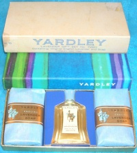Image for Yardley English Lavender Vintage Boxed Soaps & Perfume Gift Set No. 72901 <b><span style='color:red'>*****FIRST CLASS SHIPPING INCLUDED – DOMESTIC ORDERS ONLY!*****  </span></b><span style='color:purple'>